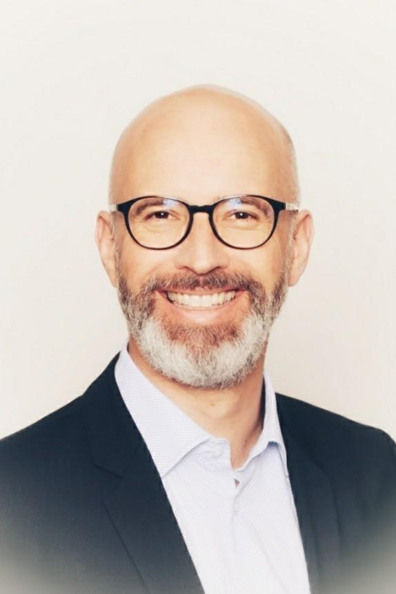 Dr. Alexander Bayer, LL.M. (McGill)